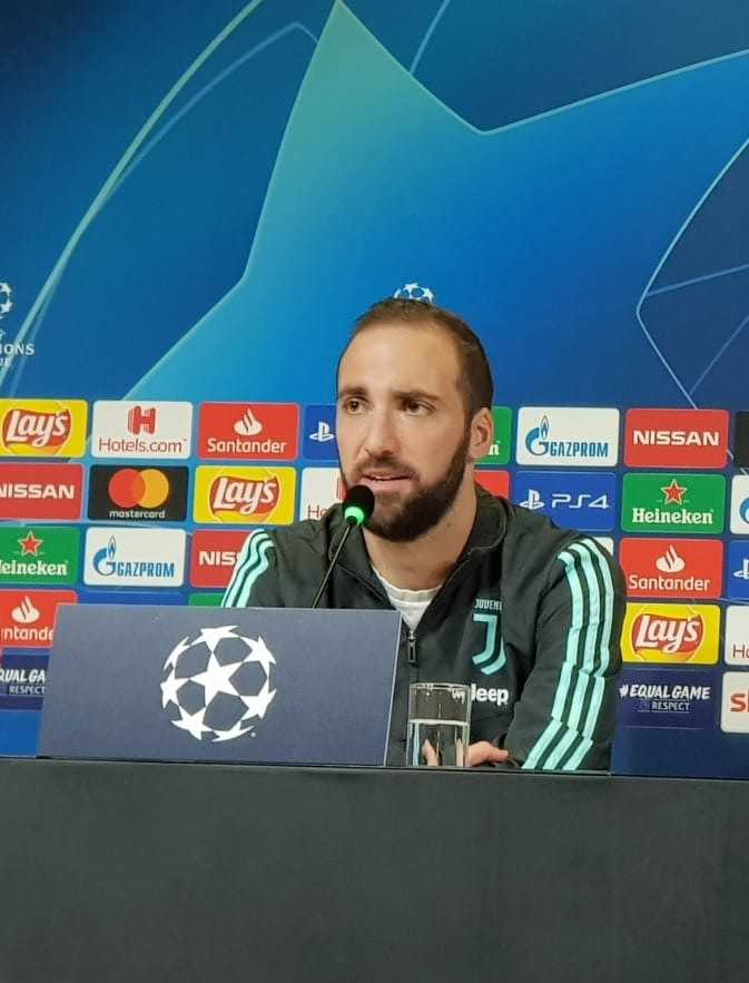 Higuain conferenza stampa Champions League