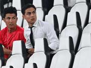 dybala-ronaldo-tribuna-stadium