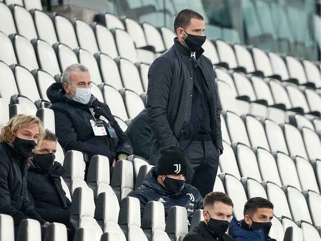 bonucci-ramsey-nedved-khedira-tribuna-stadium